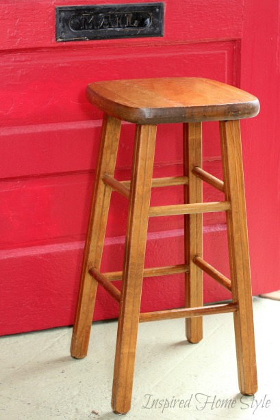 How to turn a stool into a Garbage Can ~ Simple DIY Trash Can