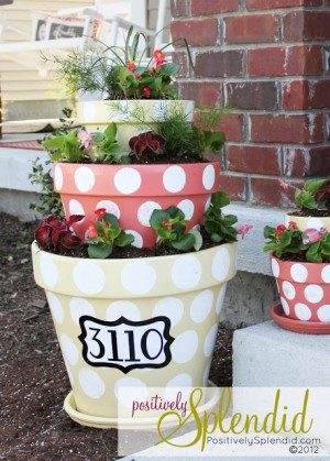 http://www.positivelysplendid.com/2012/03/polka-dotted-tiered-planters.html
