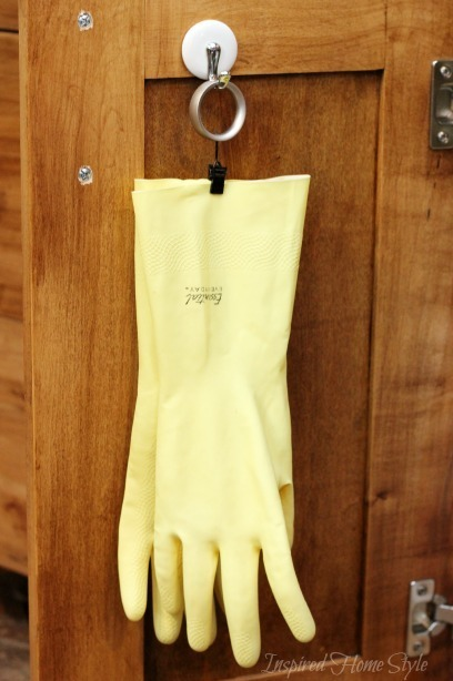 Simple tip for Organizing your kitchen gloves