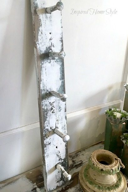Distressed Coat Hook ~ Scrape Painting Technique using Annie Sloan Chalk Paint